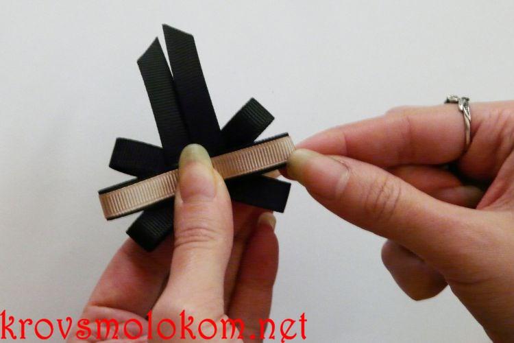 Как сделать галстук брошь канзаши из репсовой ленты для девочек. Мастер класс (МК). Фото