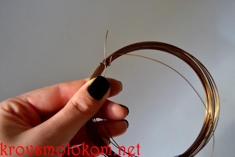 Как сделать (изготовить) украшение колье из бусин янтаря своими руками