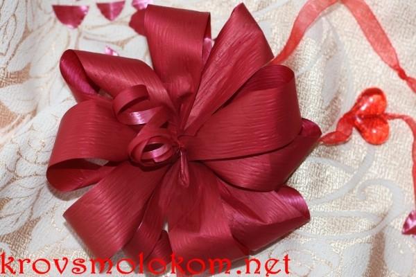 Как сделать красивый бант своими руками для подарка