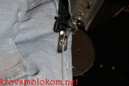 подрубить джинсы своими руками