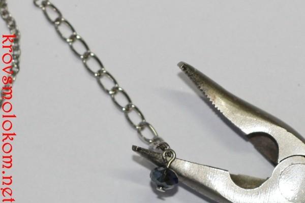 Как сделать подвеску (кулон) на шею из бисера (стекляруса) своими руками. Мастер Класс