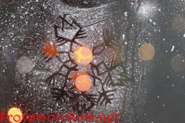 новогоднее оформление стекла
