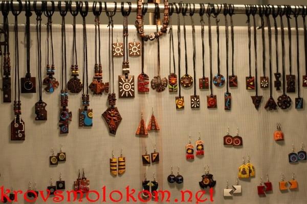 Выставка handmade украишения